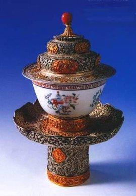 鎏金錾花银质碗盖碗托