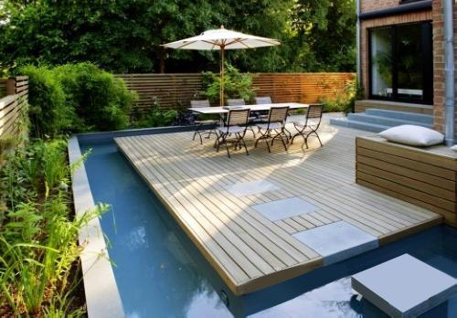 美式庭院一般面积都比较大,与日式的小巧是不相容的,户外家具的选择