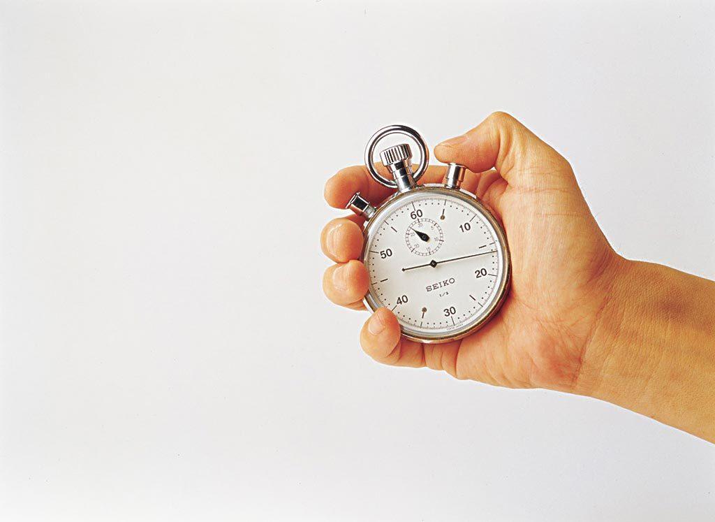 笔者就电子 秒表的使用与 保养谈几点感受(以四按键电子 秒表为例).