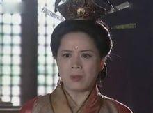 话言奉御官承旨至中宫,姜皇后接旨,跪听宣读。奉 ...
